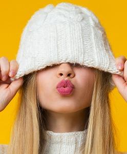 L'hiver arrive, pensez à nos bonnets publicitaires personnalisables
